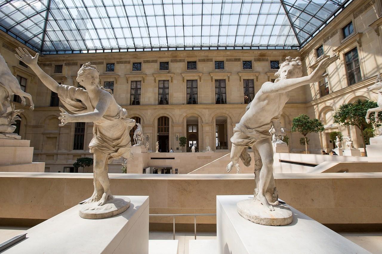 Museu do Louvre - Paris, França