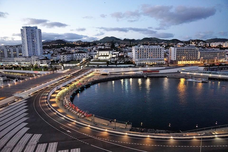 Ponta Delgada São Miguel Açores Destino Viagem Dia dos Namorados