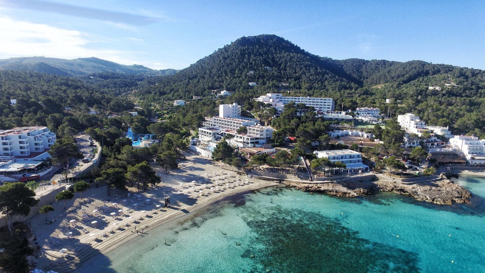 Ibiza | Sandos El Greco Beach | Voos + hotel c/ tudo incluído | 7 noites